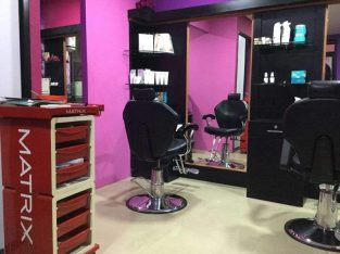 Blessy Professional Ladies Salon